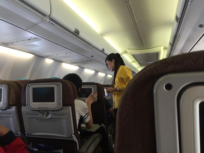 Berbicara Keras dalam Pesawat