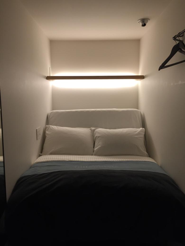 Tempat Tidur Berdiameter 120 cm